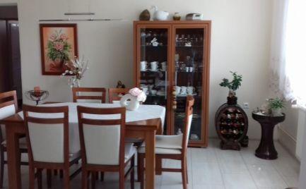 Veľmi pekný 3 izbový byt Veľké Leváre
