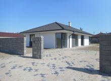 Horná Potôň, skolaudovaný 4-izbový rodinný dom, 6 árový pozemok