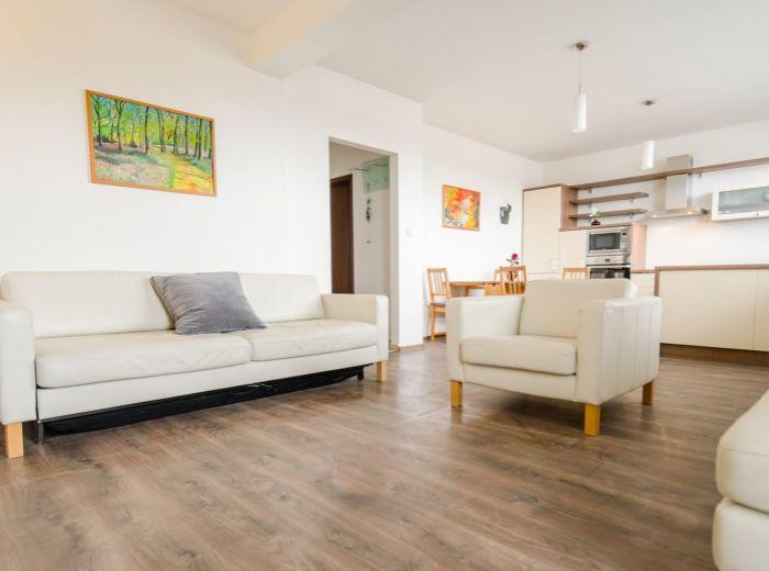 HRADSKÁ, 4-i byt, 82 m2 - NOVOSTAVBA v TICHEJ uličke pri RUŽINOVE, 2 balkóny, ihneď VOĽNÝ