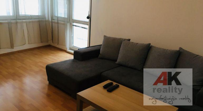Prenájom 2 izbový byt Bratislava-Ružinov, Bulharská