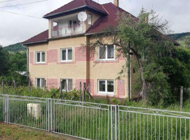 MAXFIN REAL – na predaj rodinný dom v obci Stredné Plachtince