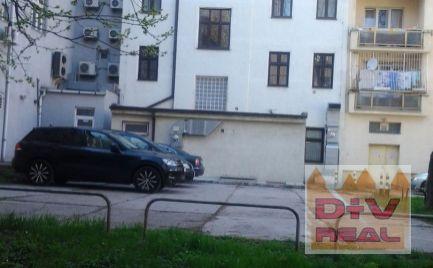 D+V real ponúka na prenájom: Kancelárie, Krížna ulica (4 miestnosti + príslušenstvo, ucelené poschodie), Bratislava I, Staré Mesto