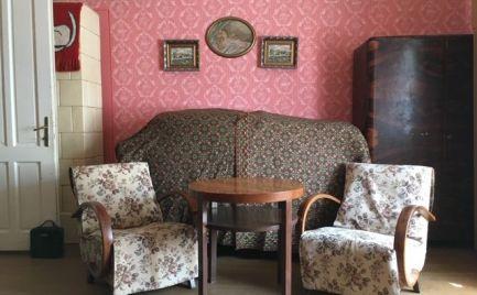 TOP poloha - 5-izb. dom v centre Lučenca