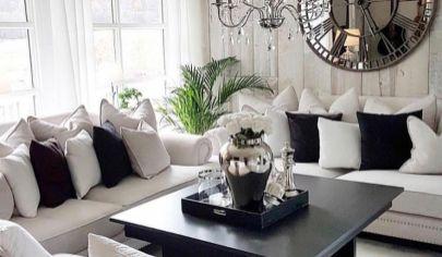 Hľadám súrne pre reálneho klienta  2 izbový byt Bratislava -Ružinov
