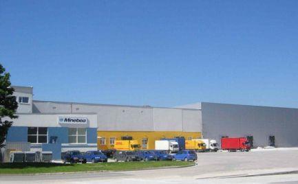 Vykurovaný skladový priestor 3000  m2, Logistické centrum Rača
