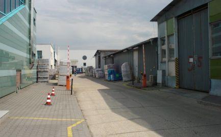 Prevádzkový areál na prenájom, 6200 m2, Bratislava- Ružinov