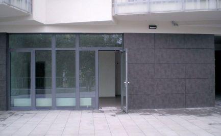 Obchodný priestor s výkladom, 35 m2, cena dohodou, Bratislava - Ružinov