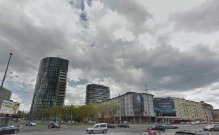 Kancelásrky priestor na prenájom, 2 x 104 m2, Bratislava - Staré Mesto