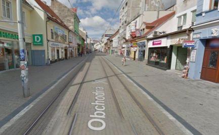 Obchodný priestor na prenájom, výklad, pešia zóna, Bratislava - Staré Mesto