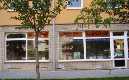 Obchodný priestor na prenájom, 57 m2, výklad, Bratislava - Petržalka