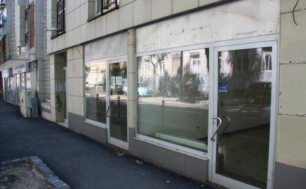 Obchodný priestor na prenájom, 167 m2, výklad,  Bratislava - Staré Mesto
