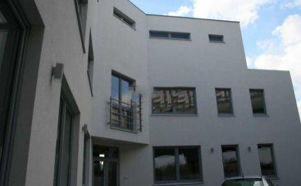 Kancelárske priestory na prenájom, 146 m2, parkovanie zdarma, Bratislava - Ružinov