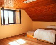 Znížená cena!!! SLNEČNA 3 izbová chata pri vodnej nádrži Teplý Vrch