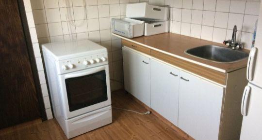 Ponúkame na predaj 3-izb.byt v Lučenci v blízkom centre .