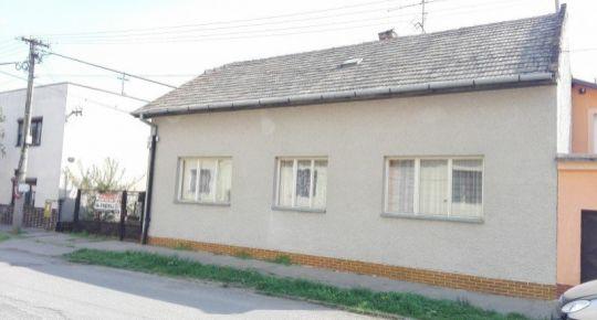Rodinný dom v Lučenci pri parku