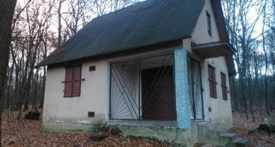 Predám chatu v Lučenci pri vodnej priehrade Ladovo