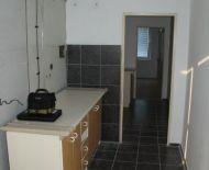 Predám 3izb.byt s balkonom v Lučenec,ulica M.R.Štefánika