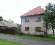 Predám rodinný dom na polosamote,pri Lučenci časť Fabianka