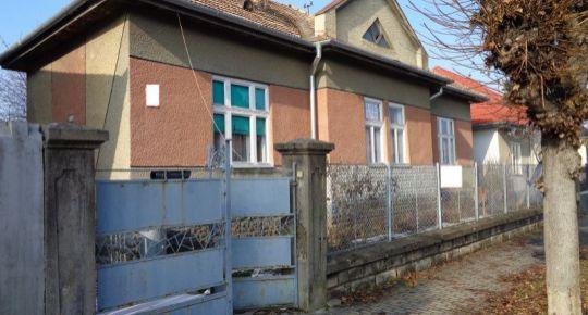 3 izbový rodinný dom v širšom centre mesta Lučenec