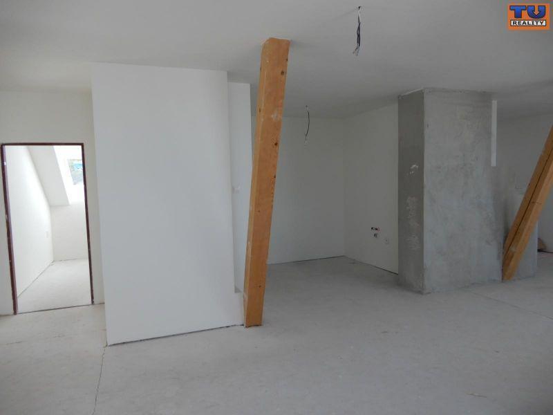 4-izbový byt-Predaj-Nitra-134000.00 €