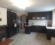Na predaj 2 rodinné domy s veľkým pozemkom v Kútnikoch - 2km od DS