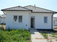 Dom za cenu bytu - Predaj 4i tehlový RD s 465 m2 pozemkom