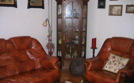 PREDAJ veľký RD v Dúbravke skvelý na bývanie i s podnikaním a obrovským pozemkom - EXPISREAL