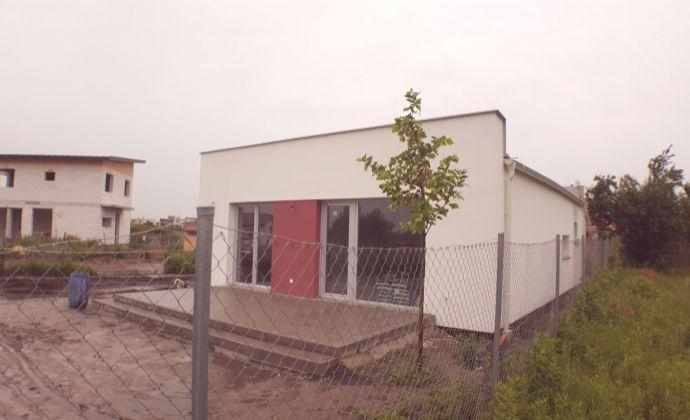 PREDAJ, exkluzívne, 4 izbový rodinný dom, Zohor