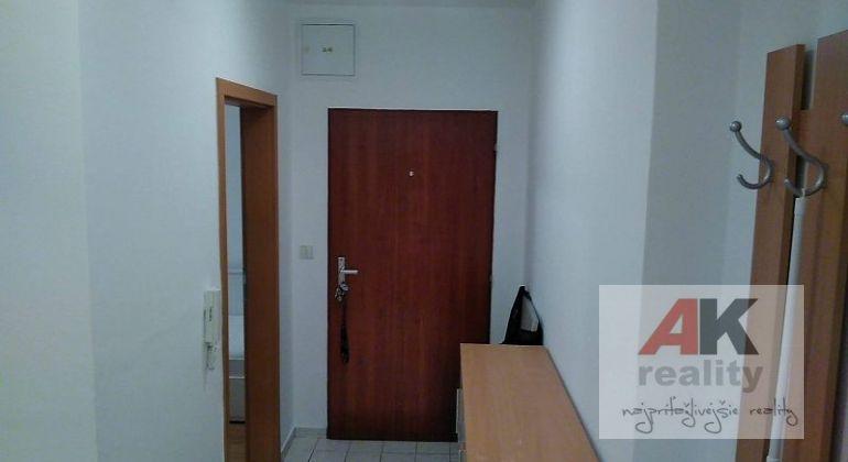 Prenájom 1 izbový byt Bratislava-Podunajské Biskupice, Hornádska