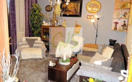 Super cena ihneď plne obývateľného bytu vo výbornom prostredí, Hrobákova.