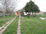 Jelka, okr. Galanta - NA PREDAJ samostatný, zateplený, dvojpodlažný 4 izbový rodinný dom, posadený v tichej a kľudnej časti obce
