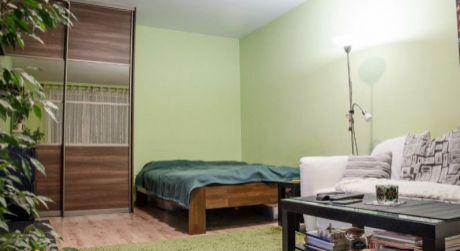 Na predaj zariadený 1 izbový byt, 34 m2, Trenčín, ul. Pádivého