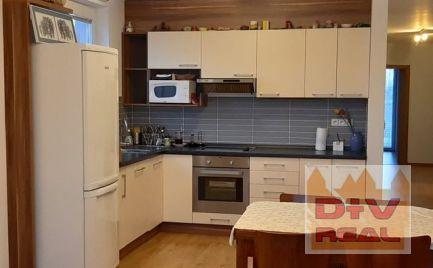 D+V real ponúka na prenájom: 4 izbový byt, Čaklovská ulica, Bratislava II, Ružinov, zariadenie dohodou, parkovanie pre dve autá, 2 balkóny