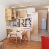 Priestranný 2-izbový byt na Zadunajskej ulici pri Auparku