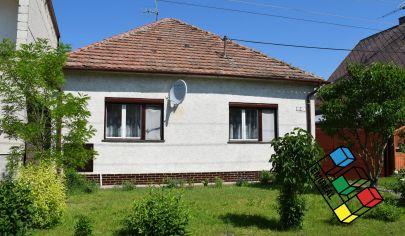REZERVOVANÉ - Rodinný dom Čáčov Senica