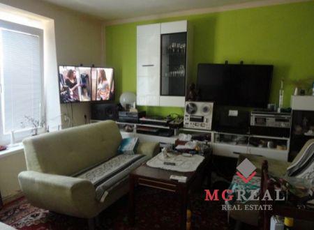3-izbový byt v Novákoch na predaj