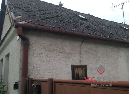 Predaj staršieho rodinného domu v Senici