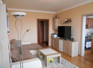 Maxfinreal ponúka 3-izbový byt 75m2 Senica - Centrum.