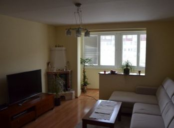 4 izbový byt s dvomi loggiami