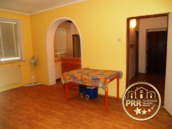 Exkluzívne predaj 3-izb.bytu s jedálňou /79m2/, balkónom a pivnicou v Krásnej Vsi.