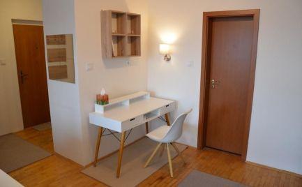 DIEŤA ÁNO - Na prenájom veľký 1 izbový byt Zadunajská cesta Petržalka