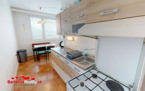 Na predaj zaujímavý, rozmerný 2 izbový byt v Trenčíne, Západná ulica 16