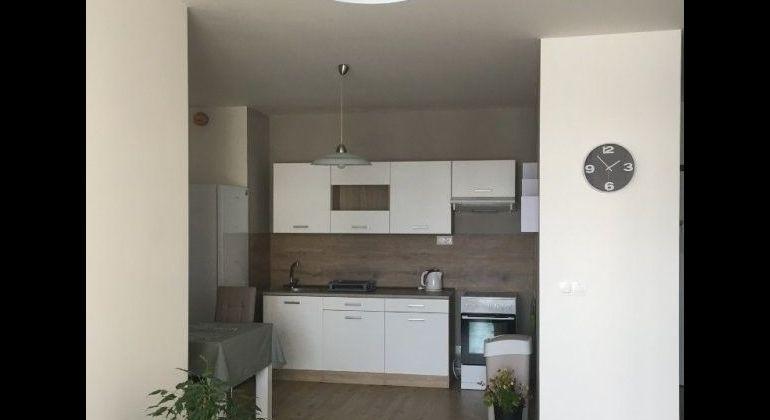 Prenájom 2 izbový byt Bratislava-Petržalka, Žltá ulica