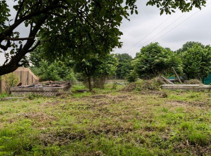 MODRANSKÁ, stavebný pozemok, 752 m2 – TICHÁ lokalita, vinárska oblasť, MESTO na skok