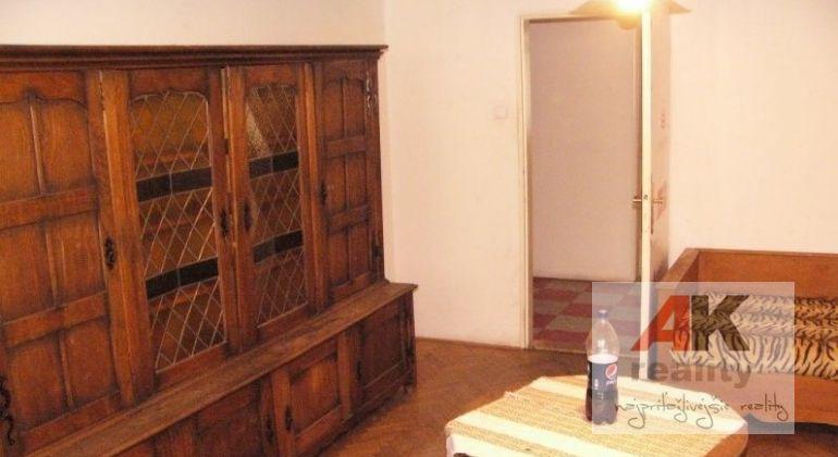 Predaj 3 izbový byt Bratislava-Staré Mesto, Medená ulica