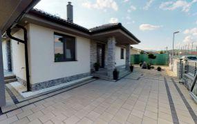 Na predaj NOVOSTAVBA 4 izbového rodinného domu v s pozemkom 707 m2, Borčice.