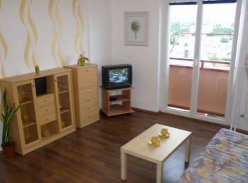 1-izbový byt na prenájom s loggiou