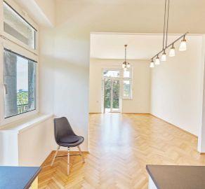 StarBrokers- PREDAJ - Výnimočný 3-izb.byt s terasou, veľkou záhradou a panoramatickým výhľadom, Hradný kopec
