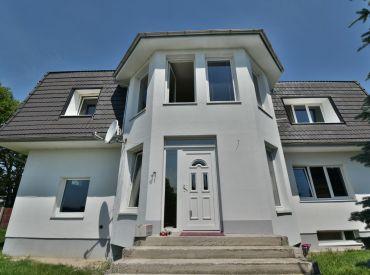 4i byt, 80 m2 – Veľké Úľany: v rodinnom dome, parkovanie, terasa s grilom – IHNEĎ VOĽNÝ