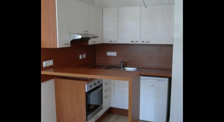 Prenájom 1 izbový byt Bratislava-Staré Mesto, Jelenia ulica